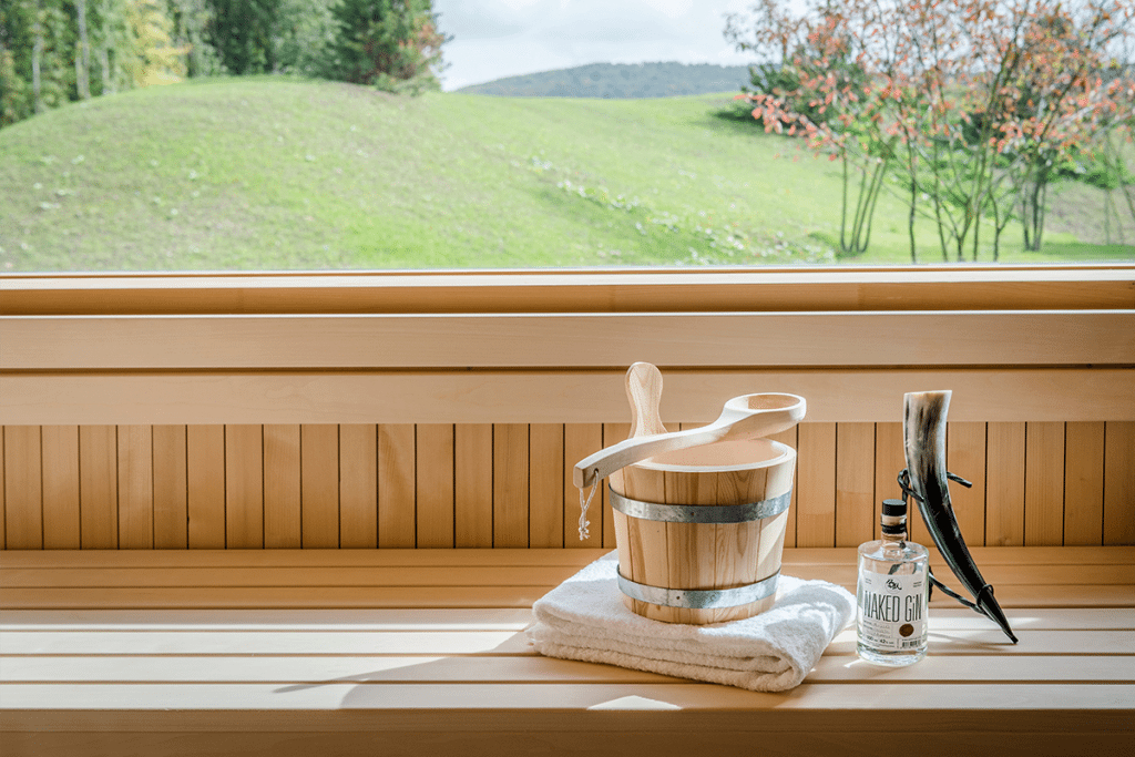 hotel spa seezeitlodge bostalsee spa saunadorf keltische sauna 10.17