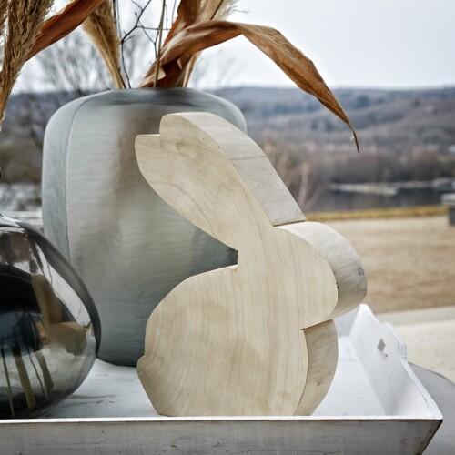 wmg wohnmanufactur gruenberger sitzende holz osterhasen interieur seezeitlodge online shop